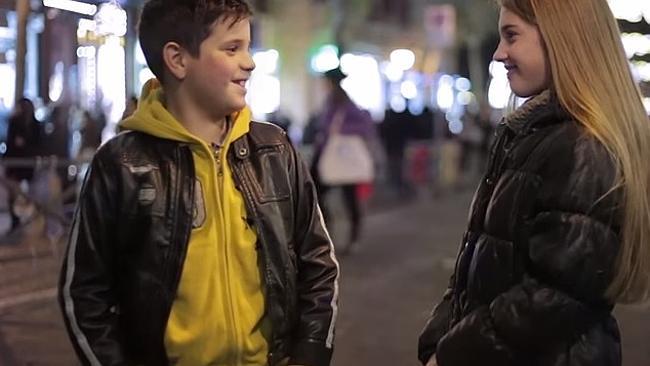 Video: Slap her – Children's reaction