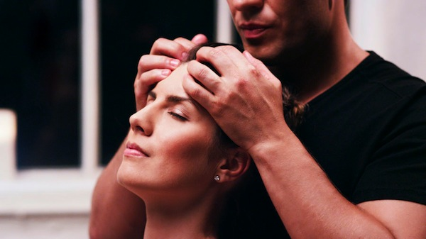 10 things every man should do for his woman