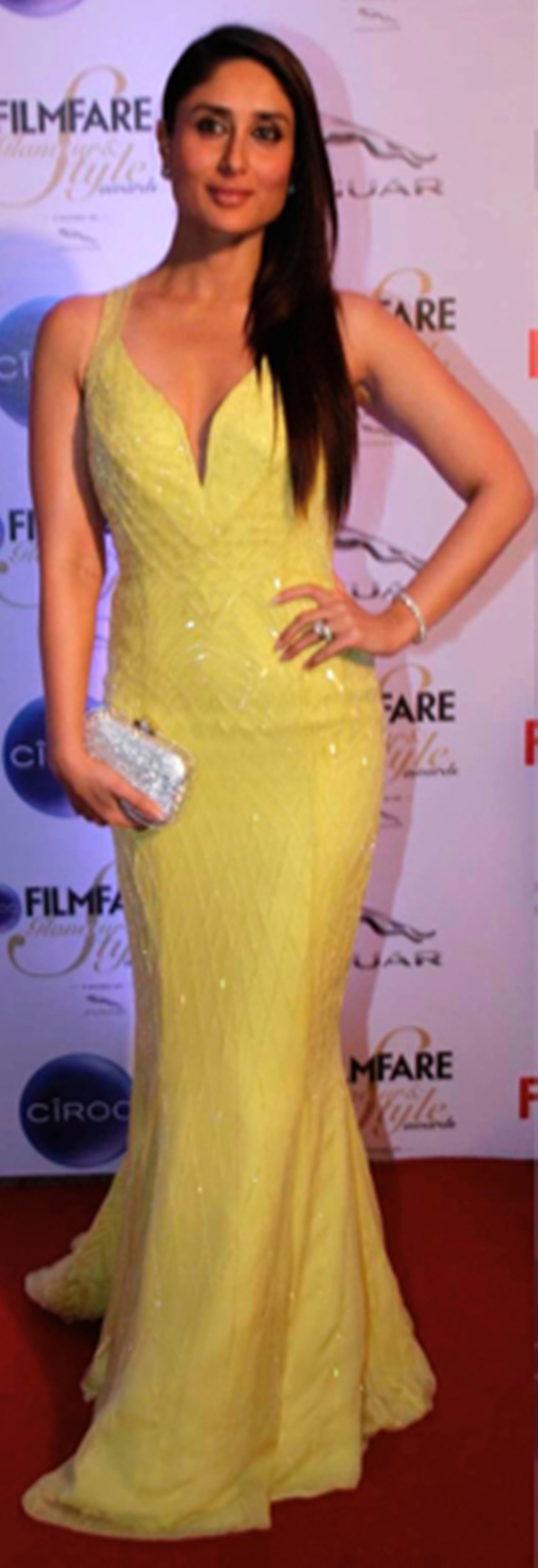 Kareena-Kapoor-In-Cavalli-At-Filmfare-Glamour-And-Style-Awards-2015-1